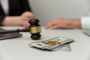 Why Would I Pay Alimony If My Soon To Be Ex-Spouse Has a Job?